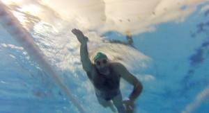 nadando-underwater